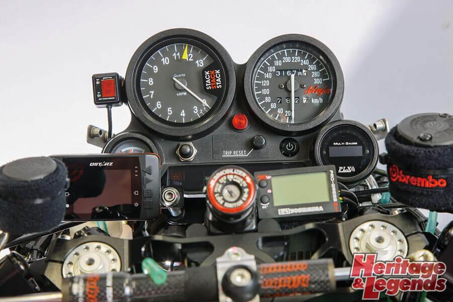 GPZ900Rカスタムマーベラスエンジニアリング前編006