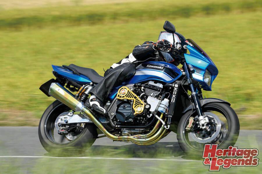 K-FACTORY ZRX1200DAEGインプレッション